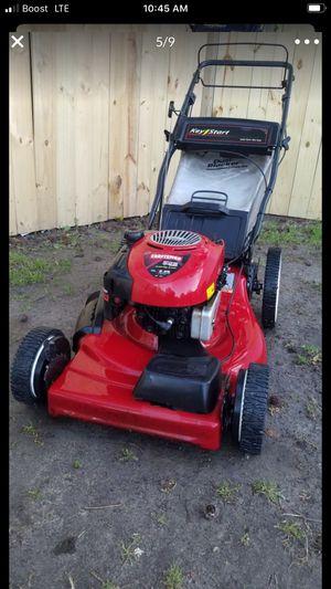 "Photo Craftsman 22"" self propelled lawn mower"