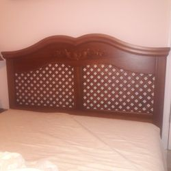Headboard Queen Size Bed Thumbnail