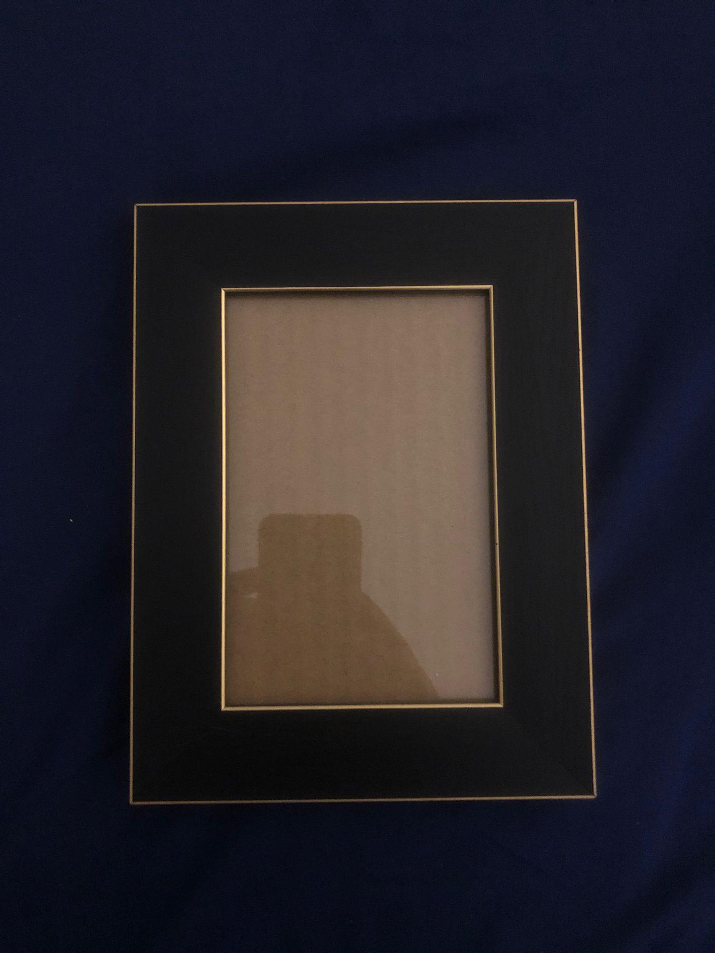 Frame, black and gold