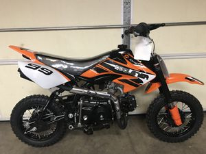 New 70cc for Sale in Martinsburg, WV
