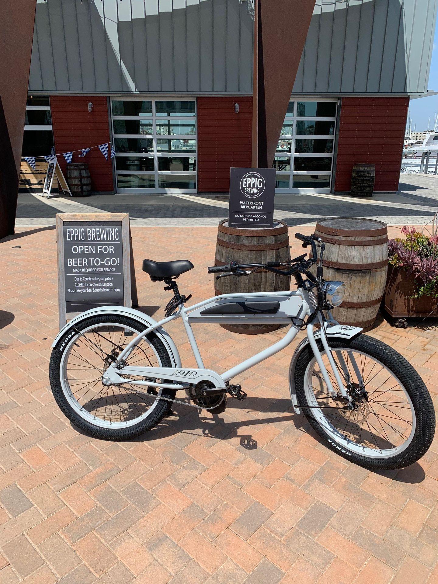 Phantom 1910 Electric Bike