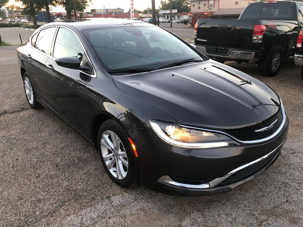 2016 Chrysler 200 Limited V6 One Owner Carfax 20k Miles Only For Sale In Arlington Tx Offerup
