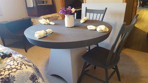 Photo Refurbished Pier 1 dining table and 2 chairs