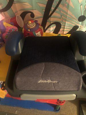 Eddie Bauer booster seat for Sale in Manassas, VA