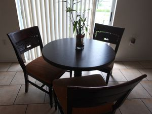 Mesa Comedor for Sale in Kissimmee, FL