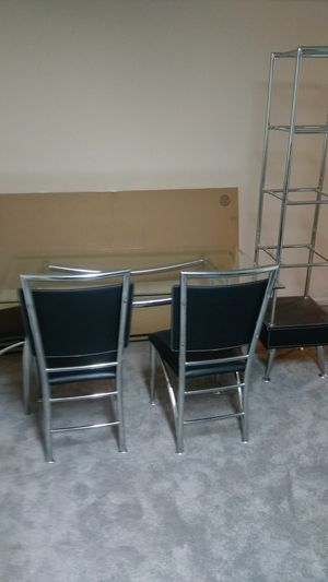 Dining room table set for Sale in Bristow, VA