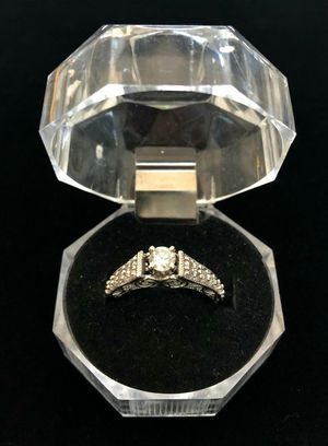 14 Karat White Gold Ring with Diamonds for Sale in Kissimmee, FL