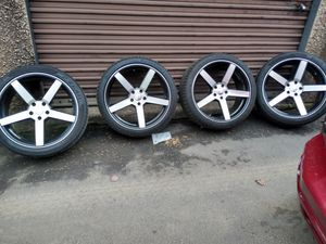 Photo 20 rims 5x114 hondas nissan Ford toyotas Dodge Charger Infinity