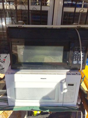 Microwave for sale for Sale in Alexandria, VA