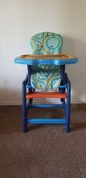 Envee Highchair and activity table in 1!!! for Sale in Glendale, AZ