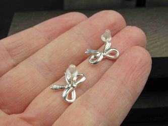 Sterling Silver Small Bow Stud Earrings Vintage Wedding Engagement Anniversary Beautiful Everyday Minimalist Cute Sexy Thumbnail