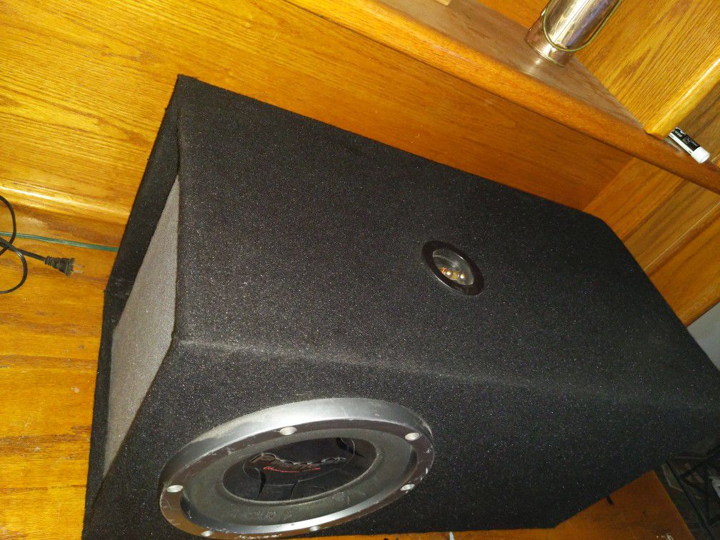 """10"""" Champion Series Pioneer Subwoofer DVC 4ohm With Custom Box"""