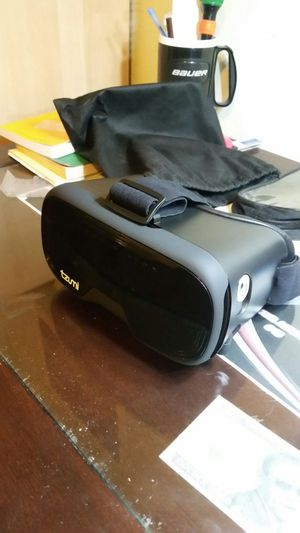 VR virtual reality headset for Sale in Phoenix, AZ