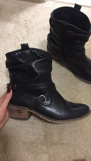 3b5fb3b4037 New and Used Boots women for Sale in Washington, DC, MD - OfferUp