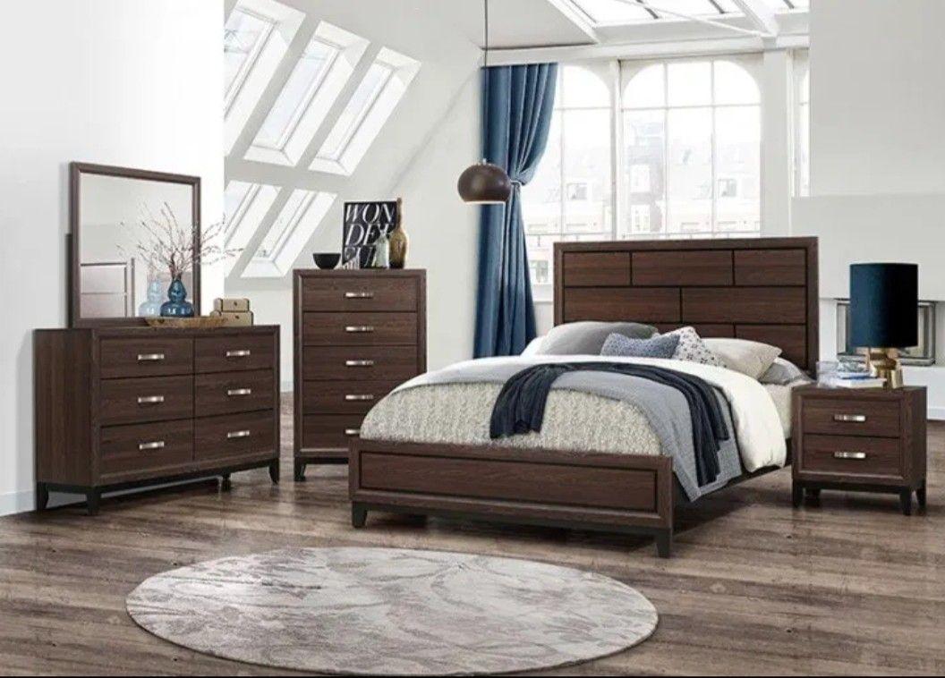 Queen Size Bedroom Set Brand new