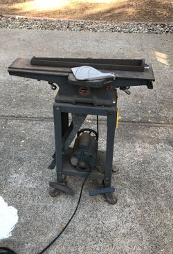 Delta Rockwell jointer with 1/2 hp electric motor Thumbnail