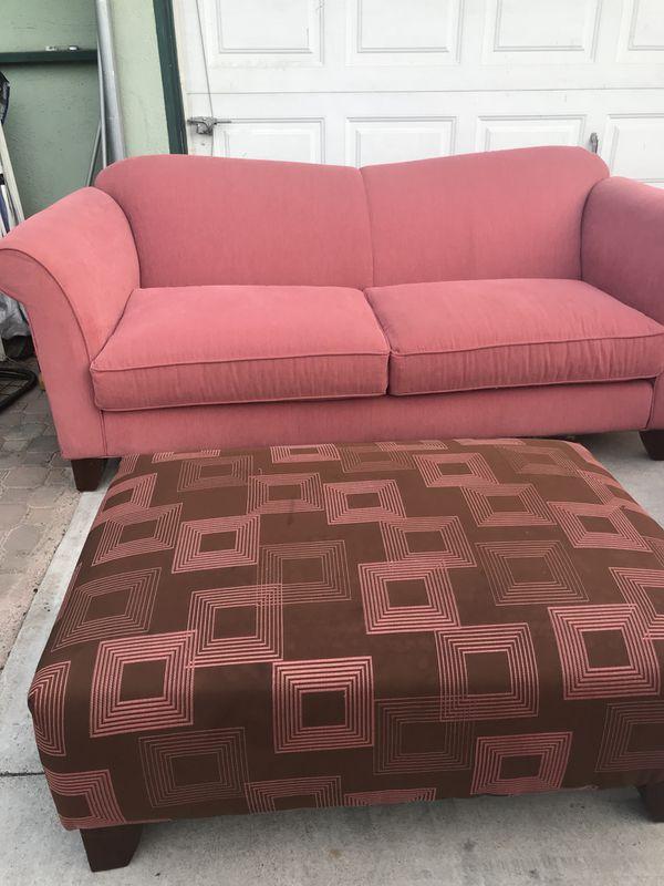Living room set for Sale in San Bernardino, CA - OfferUp