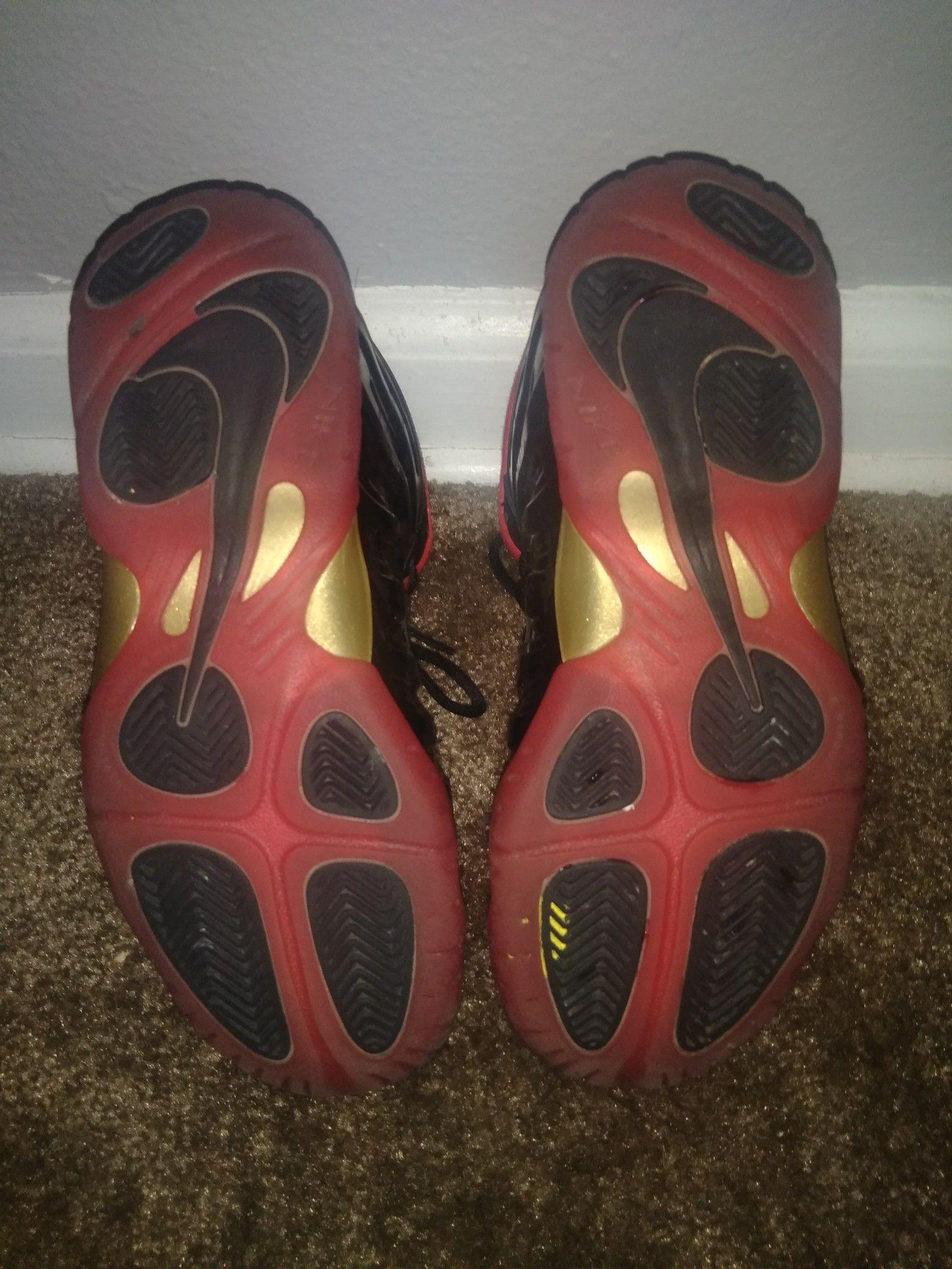 Nike vamposites size 5