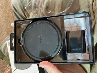 Mophie wireless charger Thumbnail