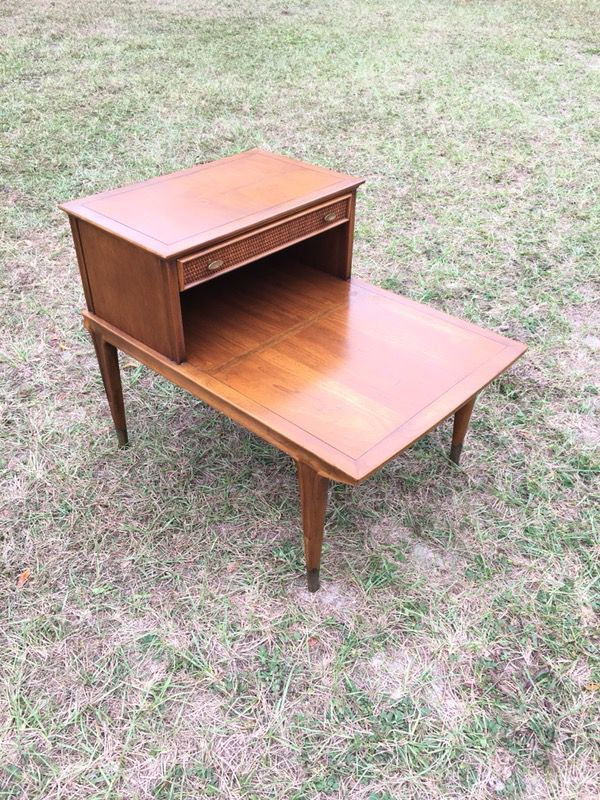Vintage Mid Century Modern 2 Tier End Table Side Table By Imperial Solid Wood Fantastic For Sale In Gainesville Fl Offerup