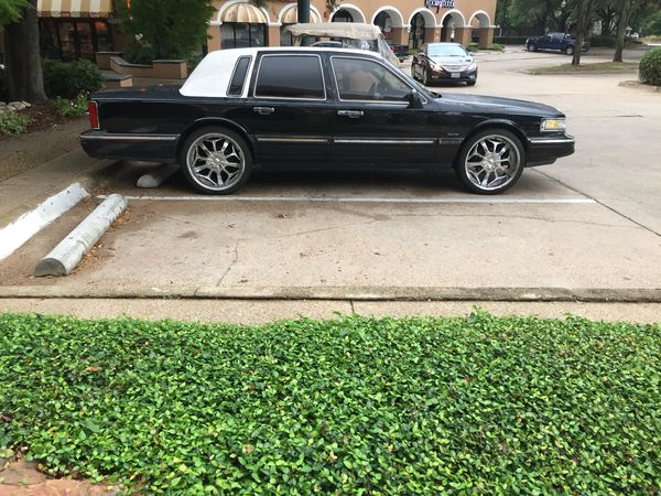 1997 Lincoln Town Car Drive Smooth Clean Title With Cole Ac And Heat