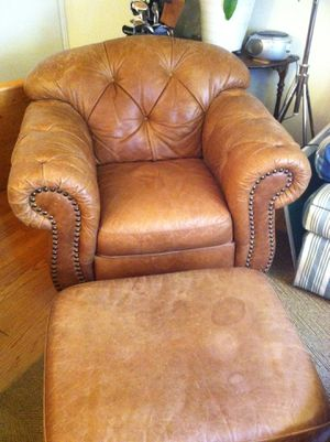 FREE Leather chair and ottoman! for Sale in Arlington, VA