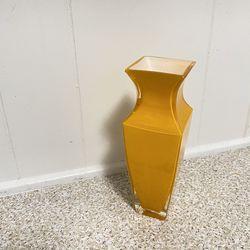 Orange Glass Vase Thumbnail