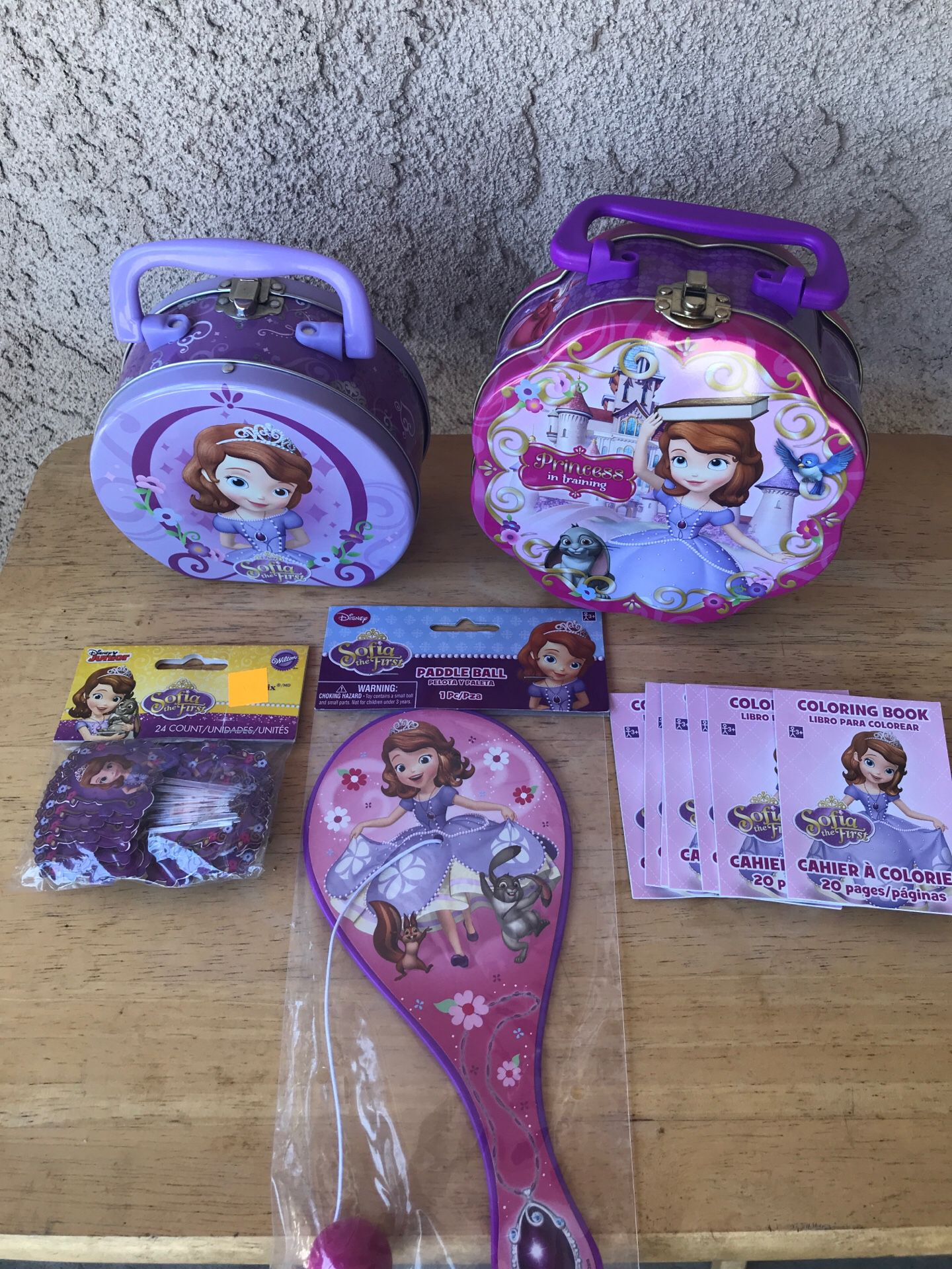 DISNEY SOFIA THE FIRST BIRTHDAY PARTY DECORATIONS AND PARTY FAVORS