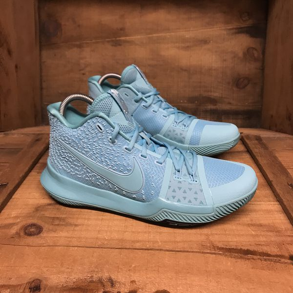 7282ed290145 Nike Kyrie 3 Tiffany NEW for Sale in Yarmouth