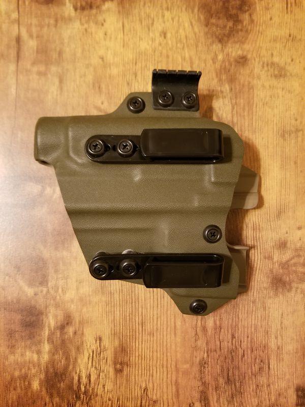 Tier 1 Concealed Kopis Glock 19 With Tlr