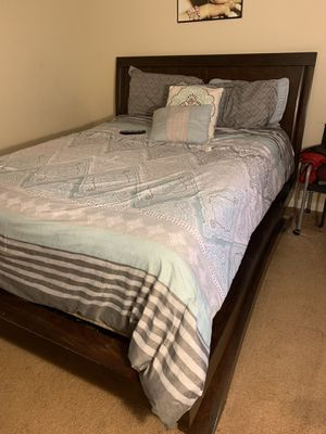 New and Used Bedroom set for Sale in Greenville, SC - OfferUp