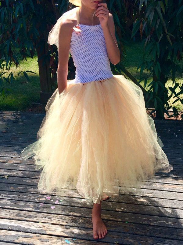 Girls yellow tulle dress size 6-10