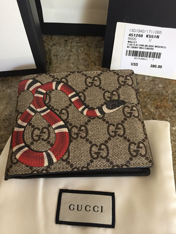 2b3e3671fedb Gucci Men Wallet for Sale in Davenport, FL - OfferUp