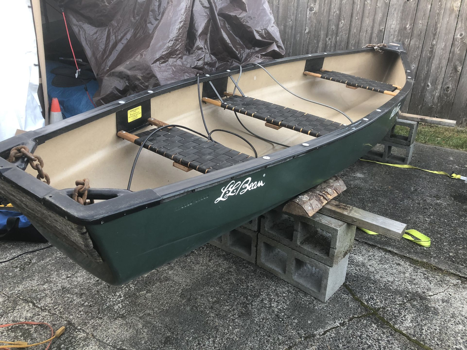 Photo Old Town LL Bean Discovery Sport Canoe 13ft
