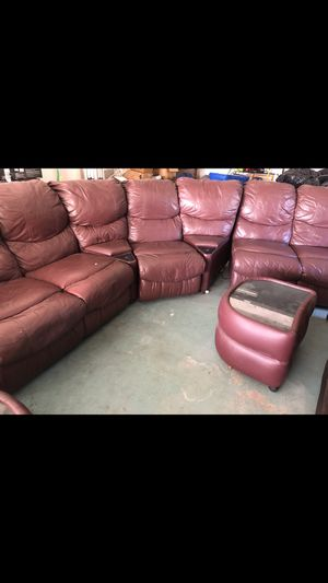 LARGE BURGUNDY RECLINING SOFA for Sale in Long Beach, CA - OfferUp