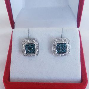 Photo 1/3 carat blue and white diamond earrings 10kwg retail price $900 my price only $300! Local pickup or I SHIP through OfferUp
