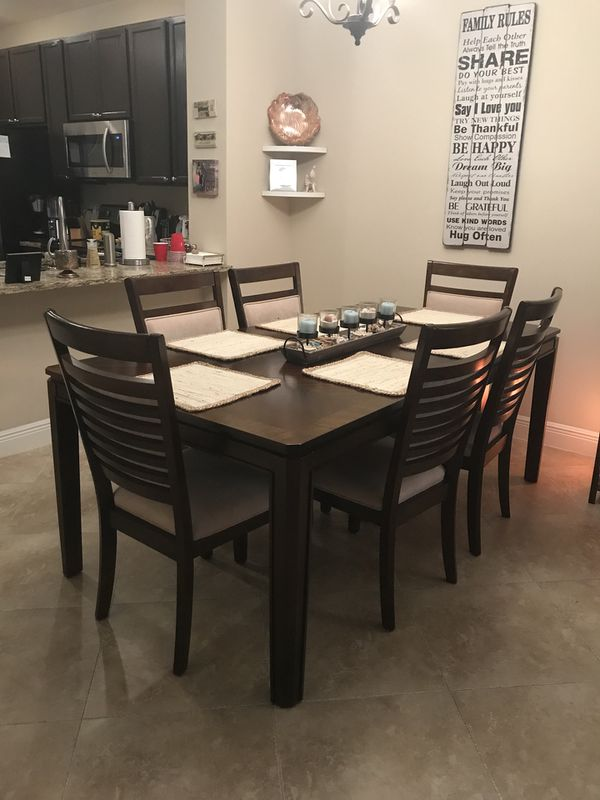 dining room set for sale in boynton beach fl offerup. Black Bedroom Furniture Sets. Home Design Ideas