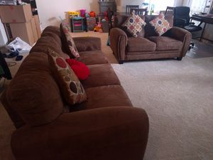 Brown Sofa and loveseat for Sale in Fairfax, VA