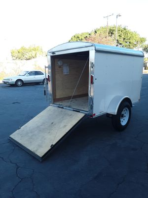 Photo 2018 CARRY ENCLOSED TRAILER 5 X 8 5. BOX
