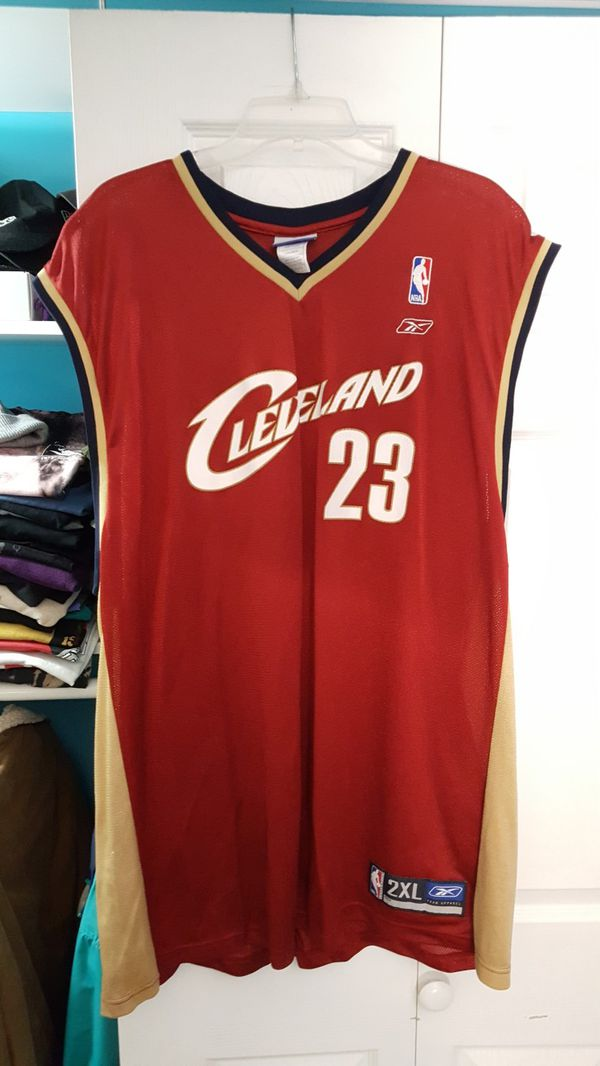 factory authentic 131f8 97322 Reebok LeBron James Jersey for Sale in Chicago, IL - OfferUp