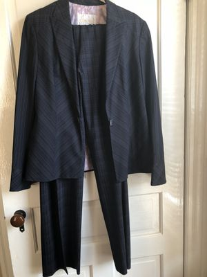 Aura Office suit navy/multi (pink, blue and white) for Sale in North Bethesda, MD