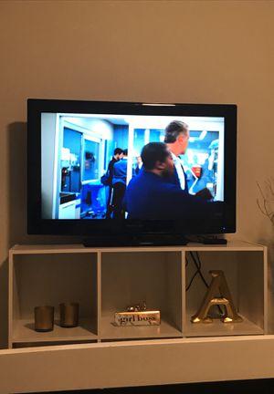 "32"" proscan flat screen TV for Sale in Alexandria, VA"