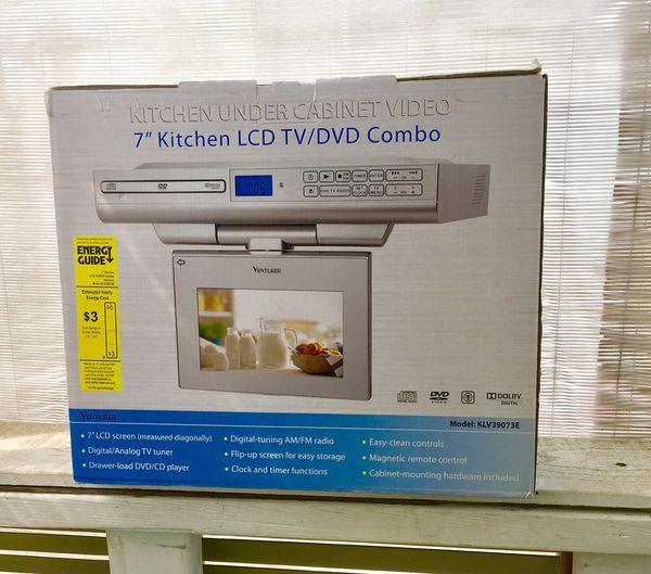 7 kitchen under cabinet dvd cd am fm tv for sale in auburn wa