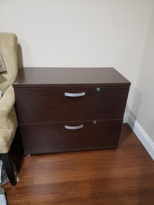 Small file cabinet for Sale in VINT HILL FRM, VA