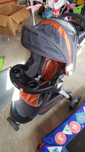 Graco click connect stroller for Sale in Germantown, MD