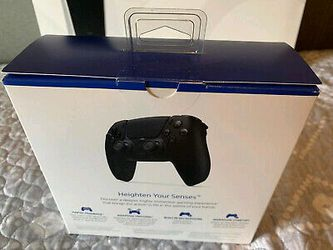 Sony PS5 Blu-Ray Edition Console Bundle + 3 Games and Midnight Black Controller Thumbnail
