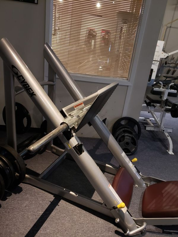 Leg Press For Sale >> Cybex Vr3 Leg Press For Sale In Houston Tx Offerup