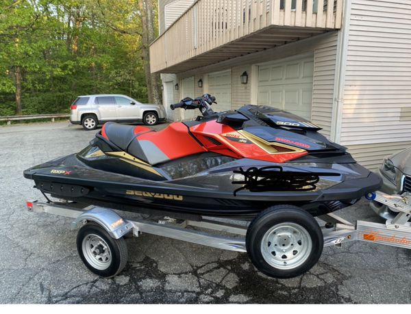 2019 seadoo expx 300 with 2020 trailer