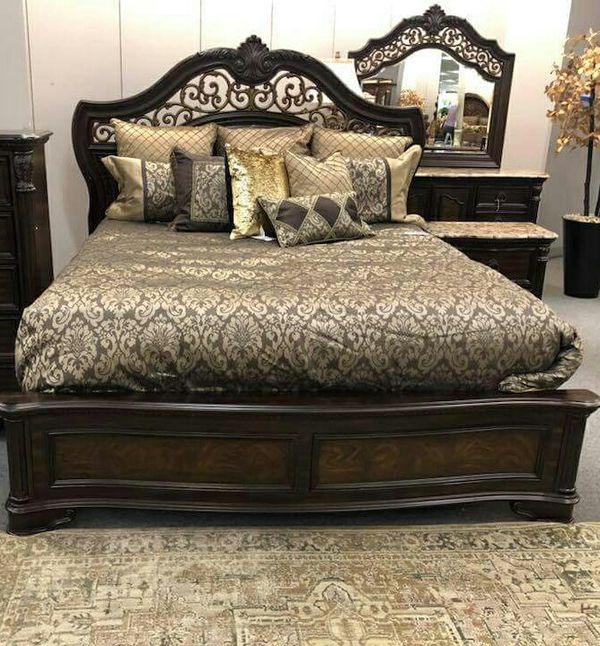 Queen Bed frame for Sale in Las Vegas, NV   OfferUp