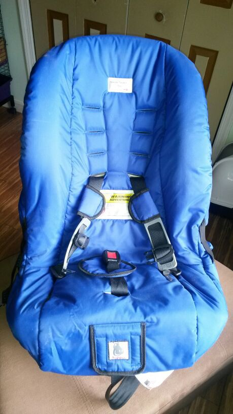 HIPPO Snug Seat Spica Cast Car For Sale In Parsippany Troy